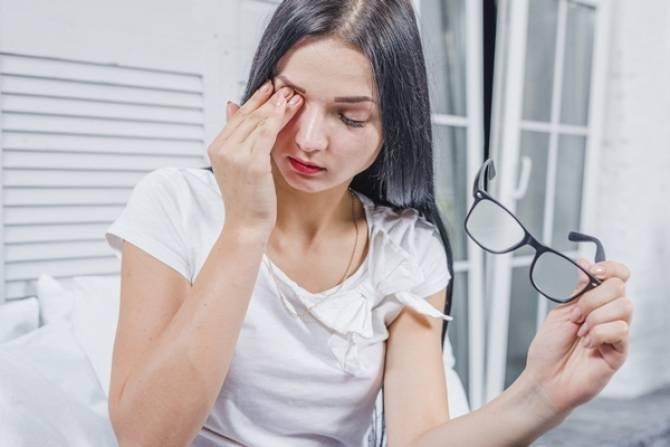 """จักษุแพทย์แห่ง """"แว่นท็อปเจริญ"""" เตือน!  ระวังฝุ่นละอองส่งผลเสียต่อดวงตา"""