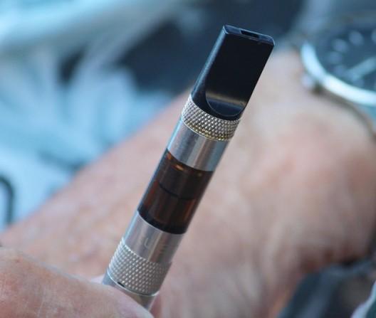 วิจัยระบุ บุหรี่ไฟฟ้าช่วยชาวอเมริกัน อายุยืน